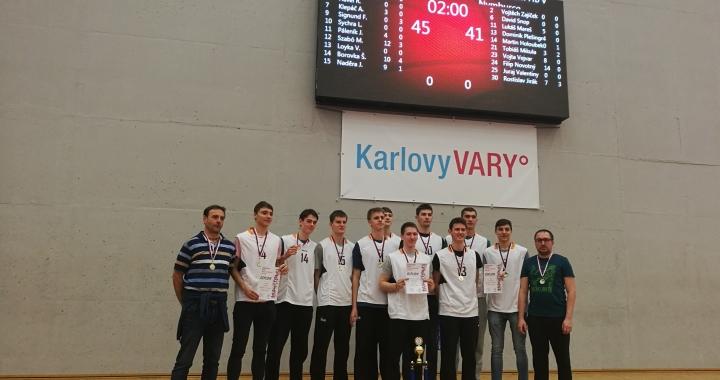 Finále v basketbalu ovládly týmy Havířova a Prostějova