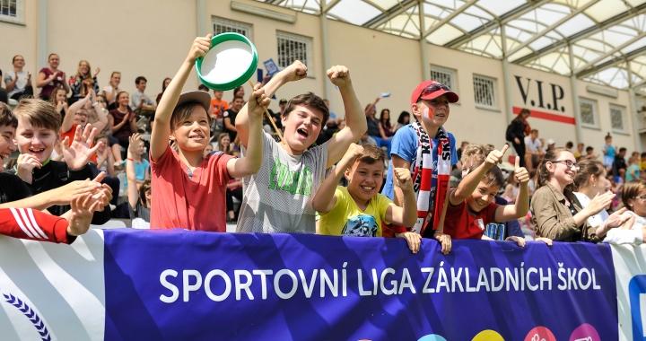 Republiková finále Sportovní ligy ZŠ opět před televizními kamerami a se slavnými patrony