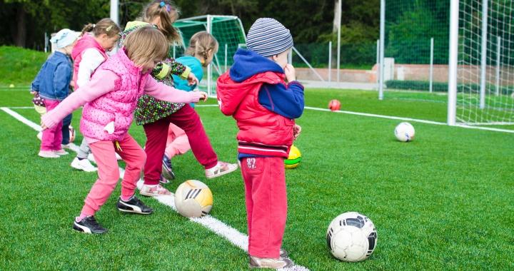 Vstupní seminář k projektu Sportuj ve škole v Praze a Holešově